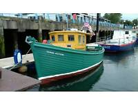 30FT FISHING BOAT WITH POT HAULER WILL SWAP OR PX RECOVERY LORRY CAR VAN