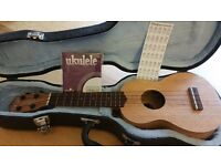Ukulele tanglewood union series with accessories