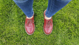 DR. MARTENS MADE IN ENGLAND VINTAGE COLLECTION. 3 - eyelet 1461 shoe in quilon leather.