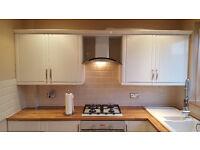 Carpenter, joiner, flooring, kitchen, painter, decorator,door, sash windows , staircas, workshop.