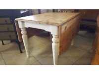 Pine Farmhouse Gate Leg Kitchen Table