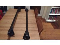 Thule roof bars, with 3001 and 3006 footpacks