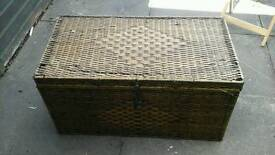 Old wicker trunk case nice and large 1.2m