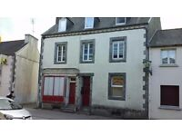 SPACIOUS 2 BED APARTMENT AVAILABLE FOR LONG TERM RENTAL IN FRANCE