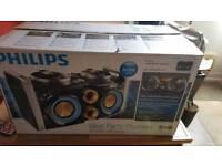 Phillips mini HiFi system 300w