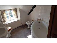 White Corner bath in great condition