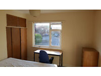 Furnished Double Room Available Now To Rent in Shared House Now in Ashley Down