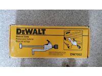 Dewalt material clamp miter saw DW 7052