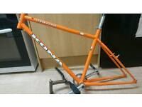 "Kona cinder cone 18"" frame and parts"