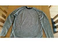 Mens XL under armour long sleeve t shirt
