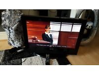 ACOUSTIC SOLUTIONS 26 INCH LCD HD READY TV PERFECT IN WORKING ORDER.