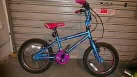 Girls used Roxie bike