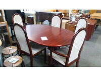 Ding table & 5 chairs