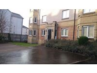VERY ATTRACTIVE 2 BEDROOMED FURNISHED FLAT IN DALRY
