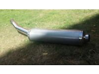 Standard/Stock Yamaha R6 Exhaust can