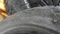 235 / 50R18 / 95 T comme neuf nego