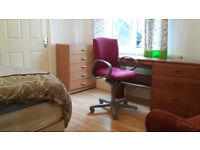 Super flexible stay in nonsmoker flats ensuite rooms