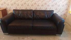 3 seater black leather sofa excellent conditon