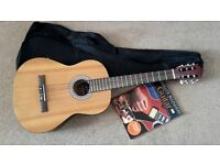 CLASSICAL JOSE FERRER EL PRIMO GUITAR 5207A FULL SIZE + FABRIC CARRY CASE + TUTOR BOOK