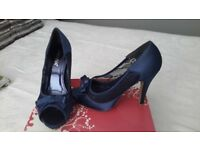 navy fashion shoes