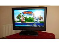 "tevion 32"" flat screen FREEVIEW tv and Blu ray bundle"