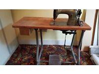 Singer 95K40 industrial sewing machine.