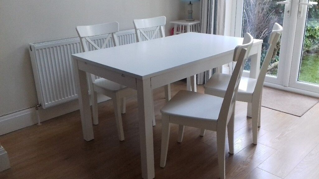 White Dining Table Amd Chairs