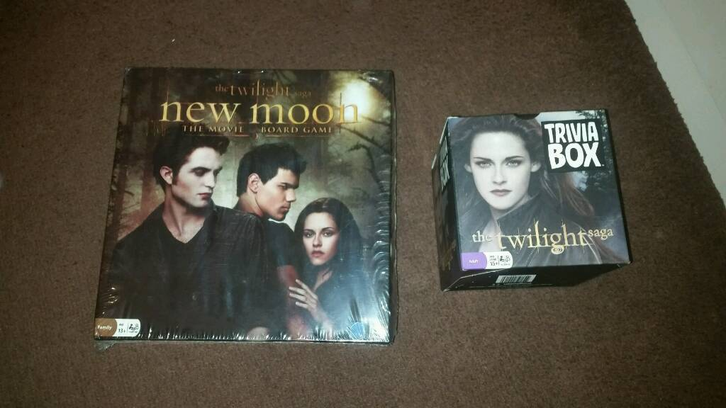 Brand new and sealed twilight board game and triva set
