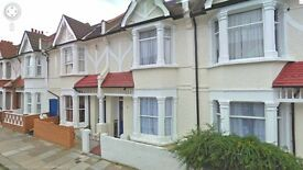 Newly Refurbished - Bright and Spacious 6 Double bed House - To Rent