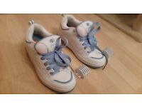 Heelys size 6 fats style white/light blue good condition hardly used