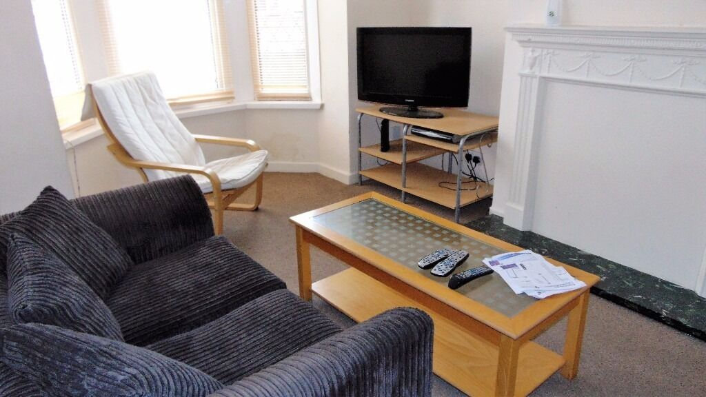 STUDENT HOUSE TO LET ONLY £1200 PCM