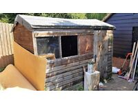 9ft 10 x 5ft 10 Wooden Garden Shed, very good condition