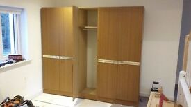 Large triple wardrobe for sale 210 x 193 x 54 cm