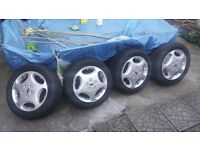 Geniune Ford Galaxy/Mondeo Alloy Rim and Tyres 215/55 R16