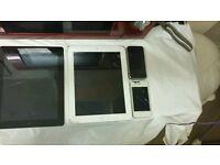Joblot of 2 apple ipads & 2 apple iphones for spairs or repairs