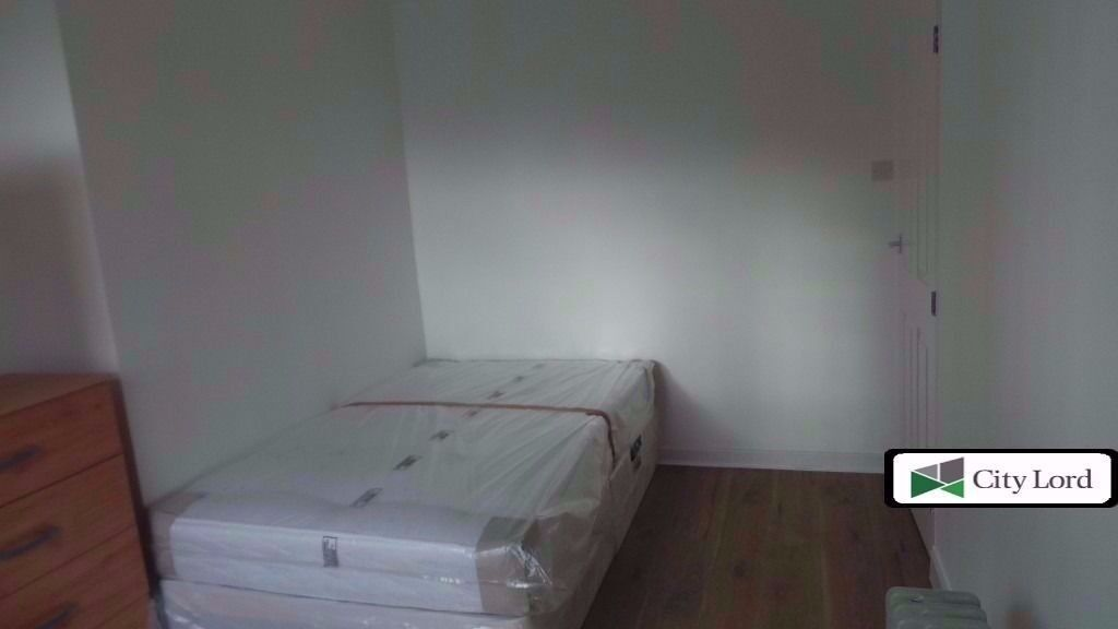 Lovely Double Room To Rent In Devons Road With Garden. Inc Some Bills (not a studio)