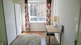 Double Bedroom in Central London With Balcony Access