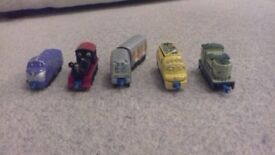DIECAST CHUGGINTON TRAINS X 5