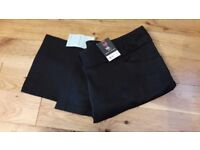Ladies Tall D.Perkins Black Crop Trousers with tags size 16
