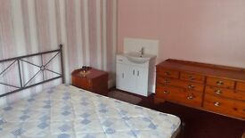 Double rooms in shared house, St Georges road.