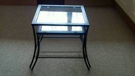Small nest of coffee tables