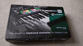 Novation Launchkey 25 MIDI Controller - Gently Used