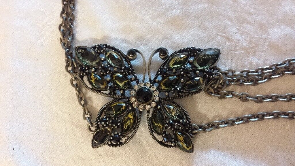 Ladies butterfly belt NEW - Can post or deliver locally
