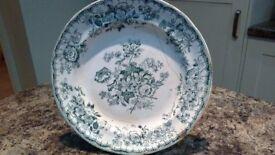Ynysmeudwy pottery supper plate.