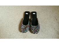 Indian/Pakistani Slippers/Slip ons