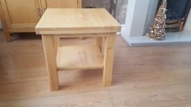Side Table, Great Condition