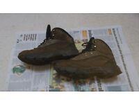 Ladies walking / hiking boots size 5