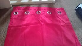 2 or 4 red eyelet curtains