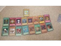 170 yu-gi-oh card all in good condition