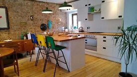 SHORT TERM Stunning 2 bed house with parking / Hove Seafront / WiFi all bills included / Jan - Feb